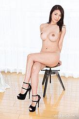 Kobayakawa Reiko Sitting On Stool Naked Big Breasts Legs Crossed Wearing High Heels